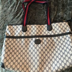 Authentic large Gucci carry on/overnight bag